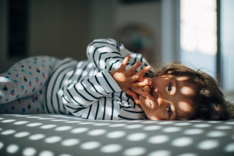 La imagen tiene un atributo ALT vacío; su nombre de archivo es rutinas-hora-de-dormir-niños-familia-madre-padre-padres-sueño-disciplina-positiva-Laura-Balado-coaching-Narón-ferrol-Coruña-Galicia-España-1.jpg